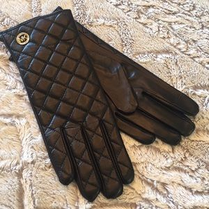 NWT michael Kors Leather gloves